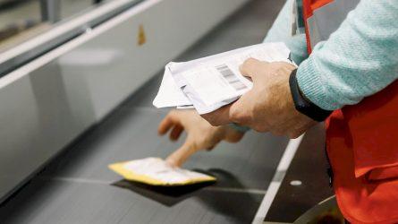 Užsisakantiems prekes iš trečiųjų šalių: pastebėti sutrikimai, kai PVM apmokamas pirkimo metu
