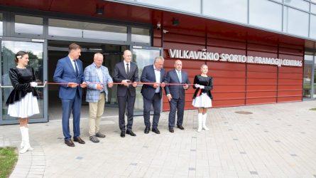 Nuo šiol Vilkaviškis turės dar vieną traukos centrą – duris oficialiai atvėrė modernus sporto ir pramogų centras