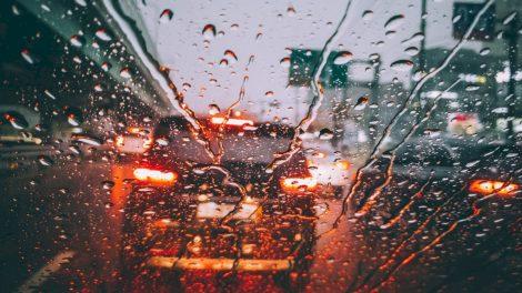 Įspėjamieji signalai: kokias klaidas vairuotojai daro dažniausiai?