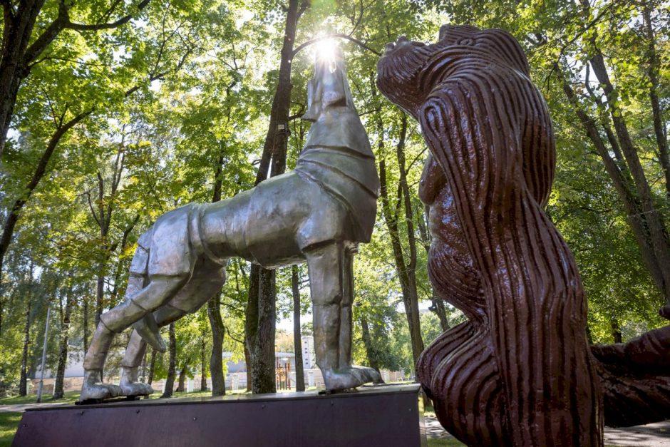 Menininkai naujai pažvelgė į Vilniaus simbolį