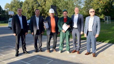 Su profesine švente pasveikino statybininkus