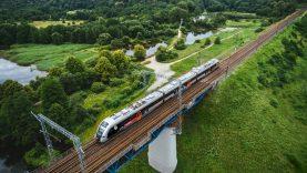 """""""Rail Baltica"""": viešinamos geležinkelio tarp Vilniaus ir Kauno trasa ir jos alternatyvos"""