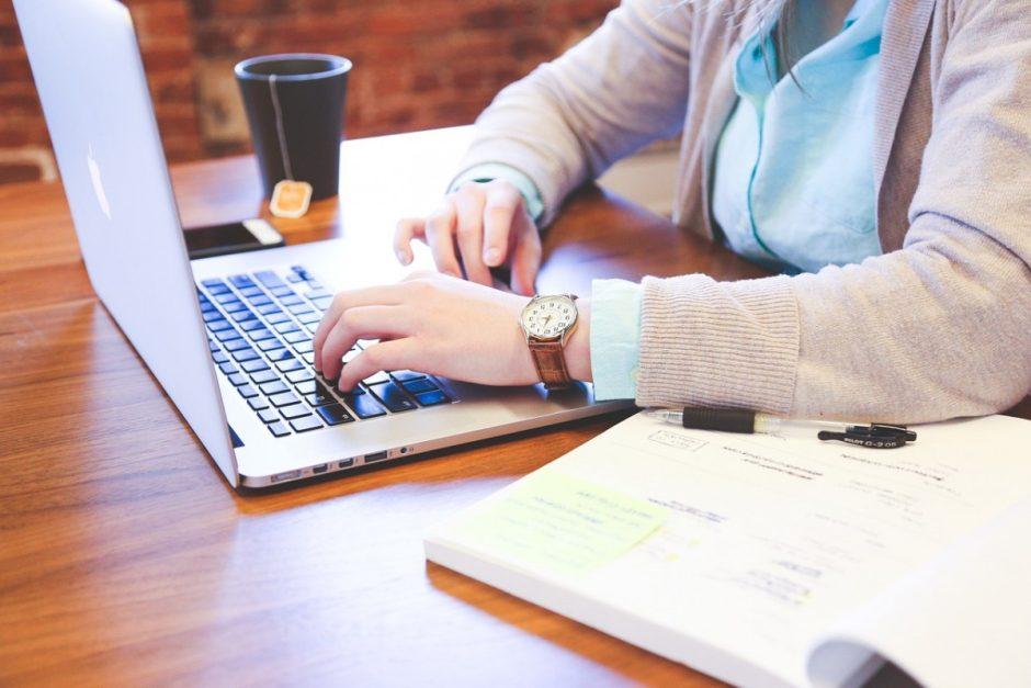 Pradėti elektroninę prekybą stabdo žinių trūkumas
