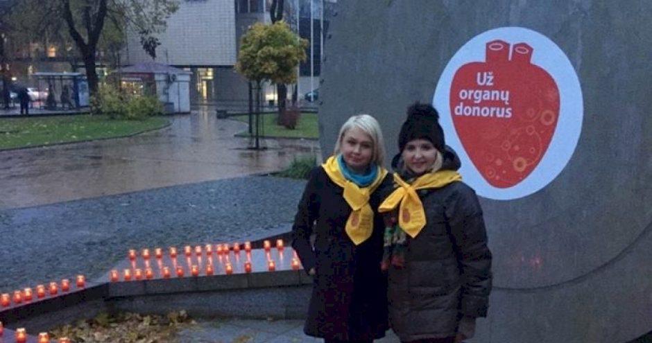Padėkos  žvakučių akcijoje – pagarba ir ligoninės gydytojams, pacientams bei jų artimiesiems