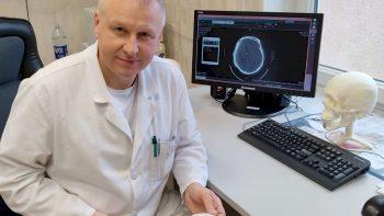 Respublikinės Šiaulių ligoninės neurochirurgai pirmą kartą panaudojo individualų kranialinį implantą